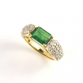 18k Yellow Gold Emerald & Diamond Ring 1.96ct